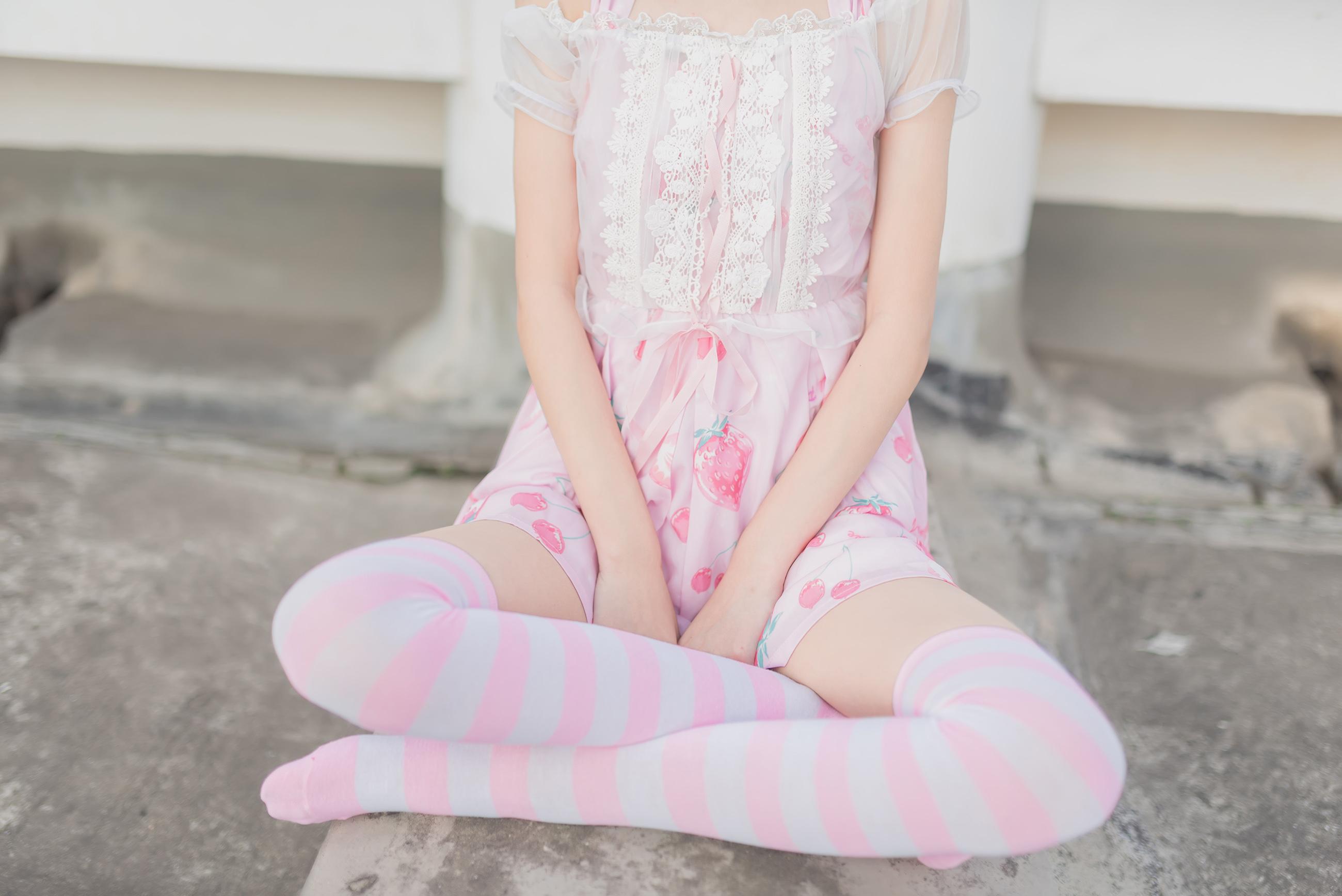 粉白条纹 腿控领域