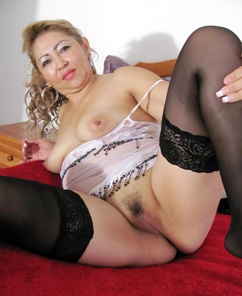 Hairy latina milf pics-3277