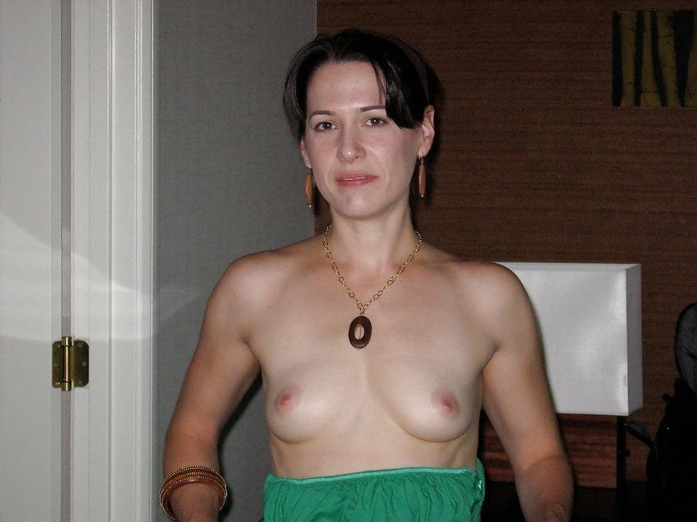 Hairy nude older women-8070