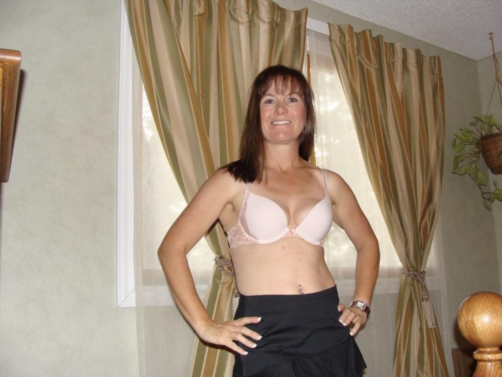 Nude milf panties-3143