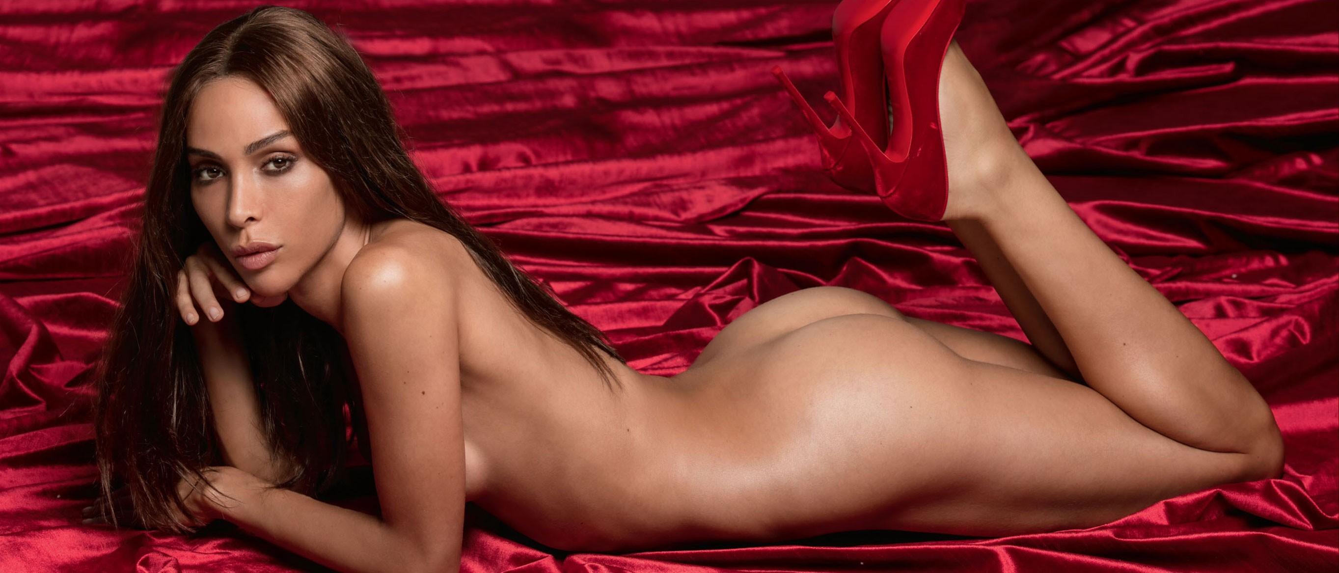 первая трансгендер Девушка месяца / Playboy US november 2017 Playmate Ines Rau