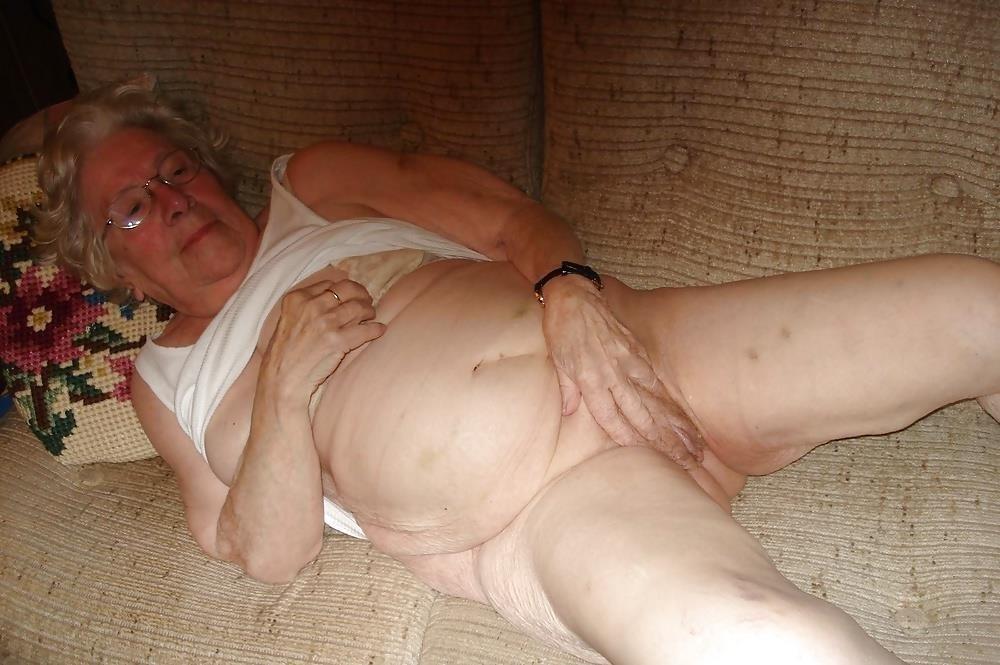Chubby old granny porn-7905