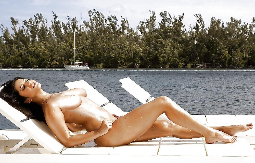 Katrina kaif ki sex image-8985