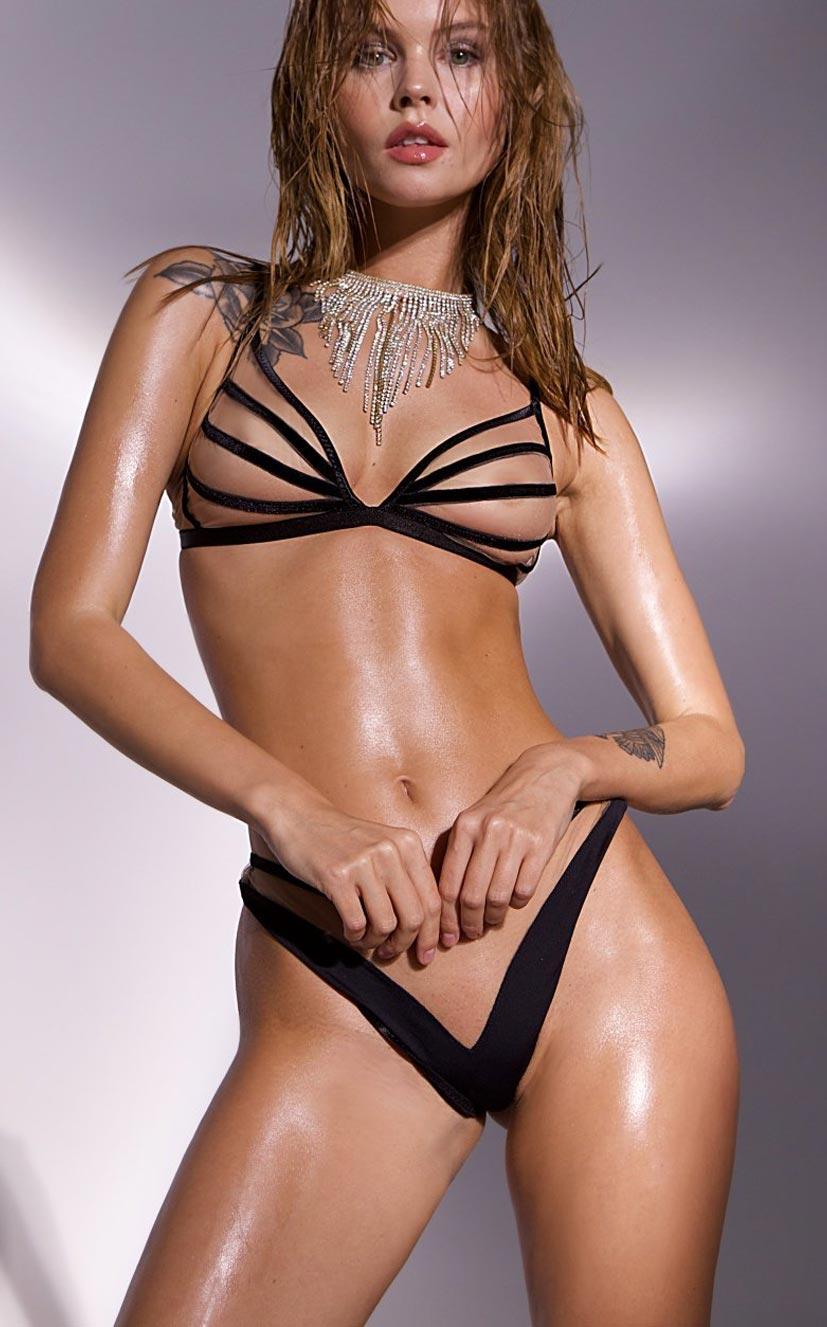 Анастасия Щеглова в сексуальном нижнем белье God Save Queen / фото 21