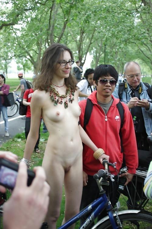 Amateur women naked in public-3319