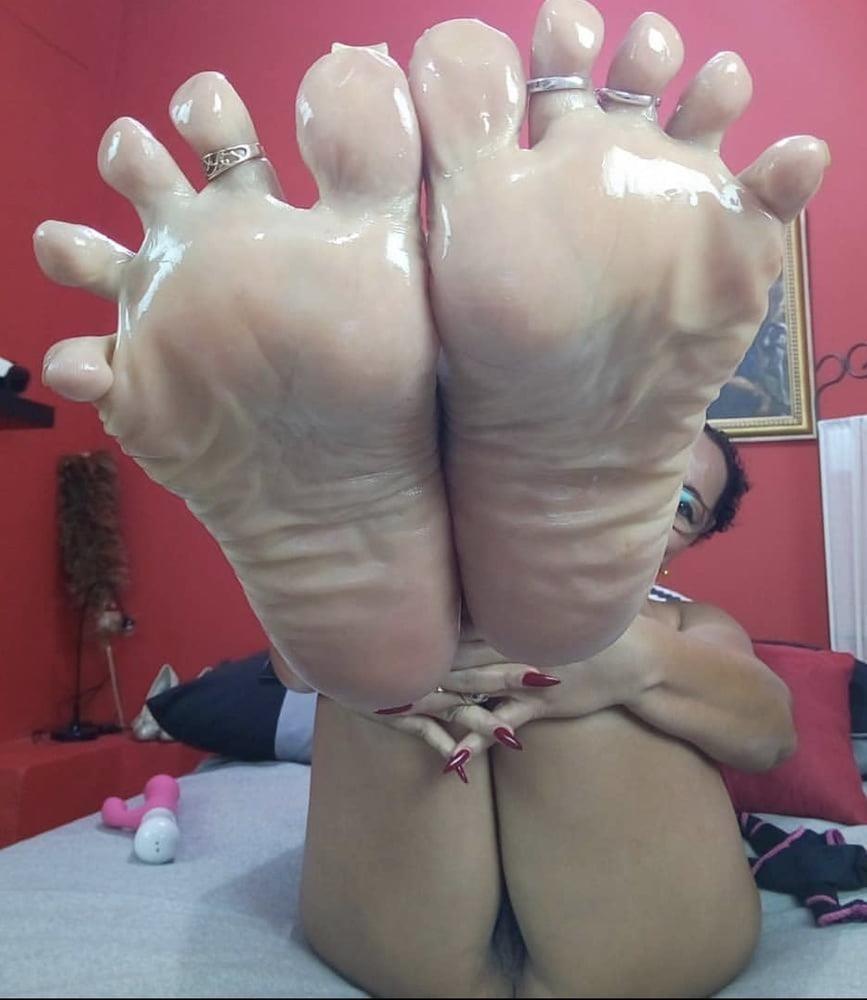 Milf toes porn-9265