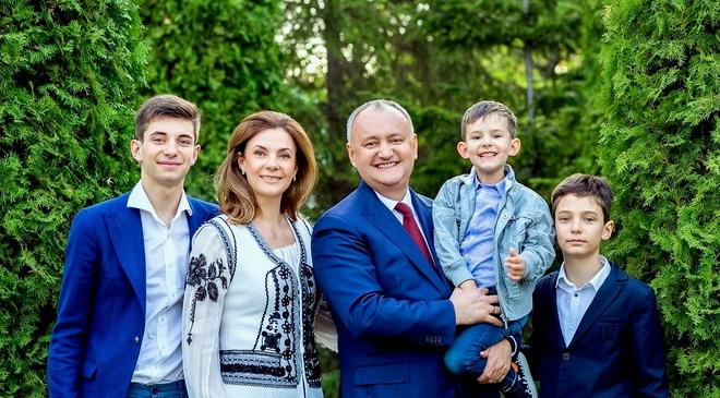 La mulți ani domnule Președinte Igor Dodon!