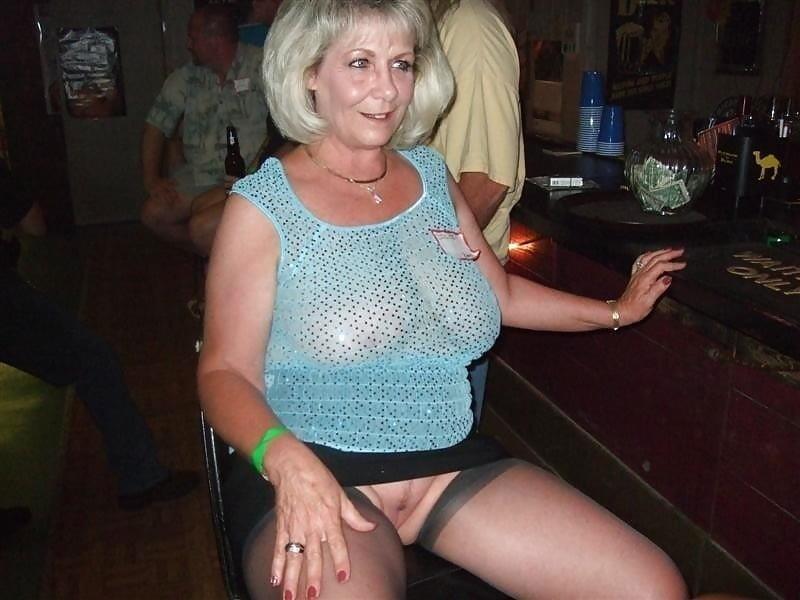 Mature skirt galleries-8476