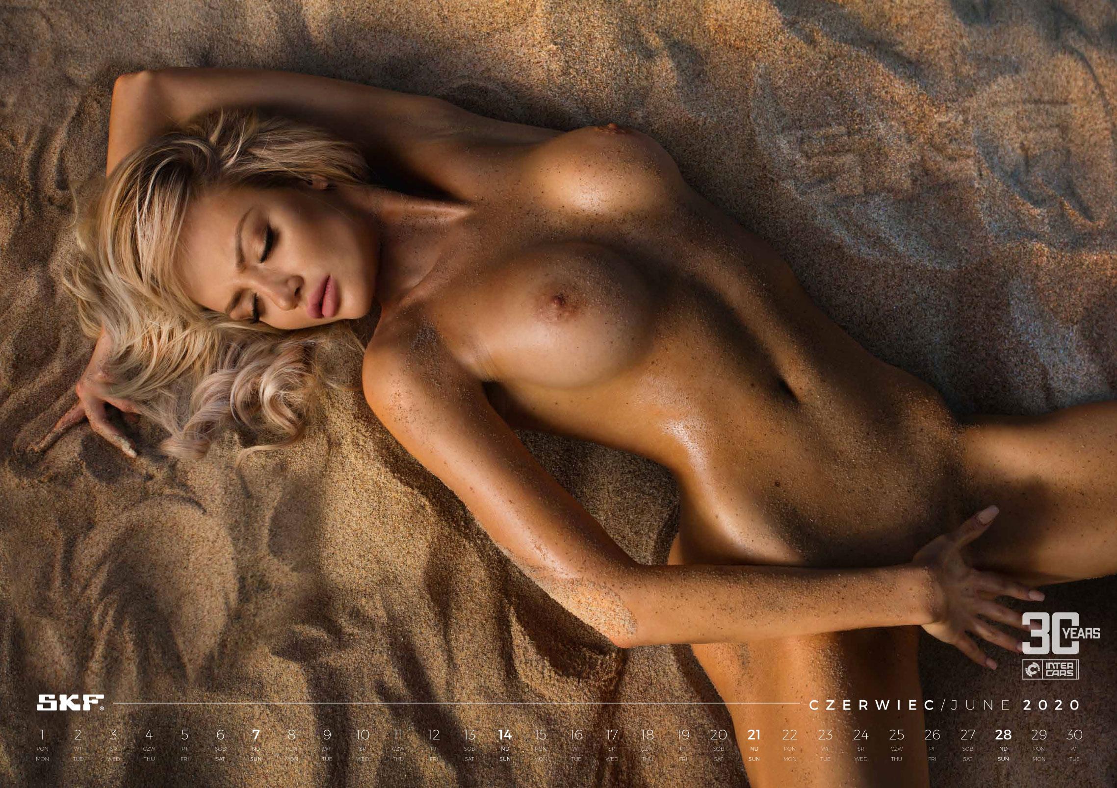 Сексуальные фотомодели в эротическом календаре Inter Cars 2020 / июнь