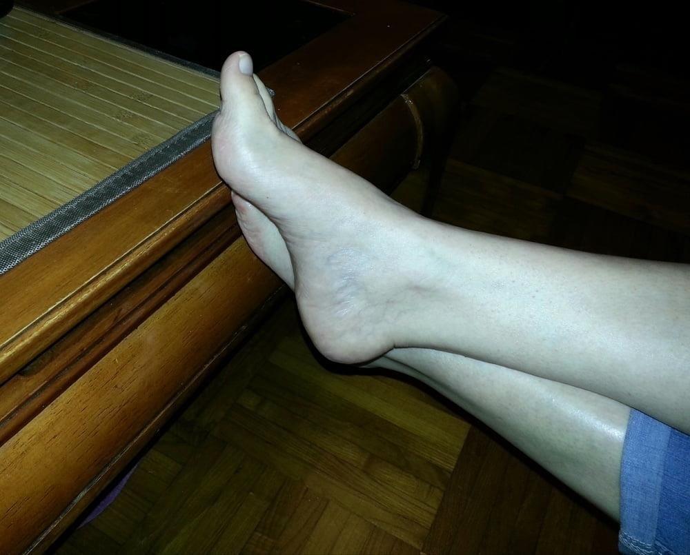 Mature feet pics-5708