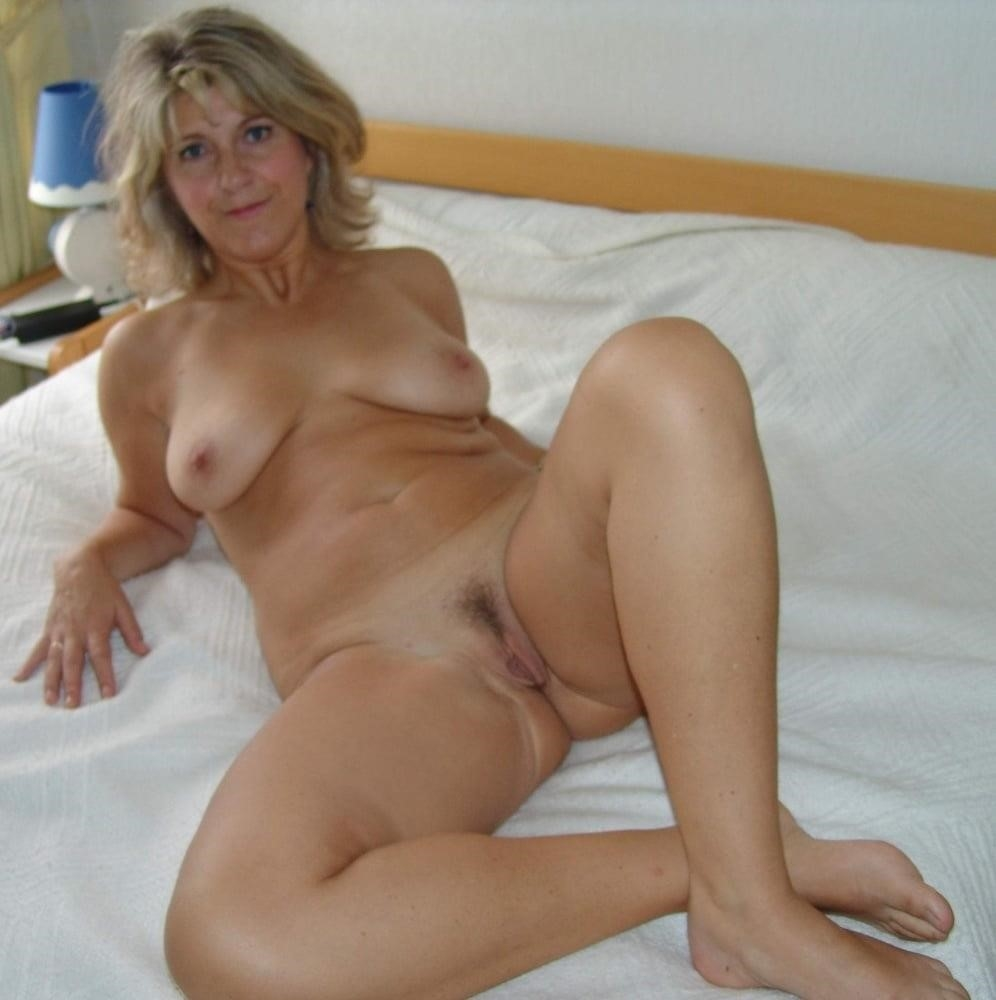 Girl milf pic-9671