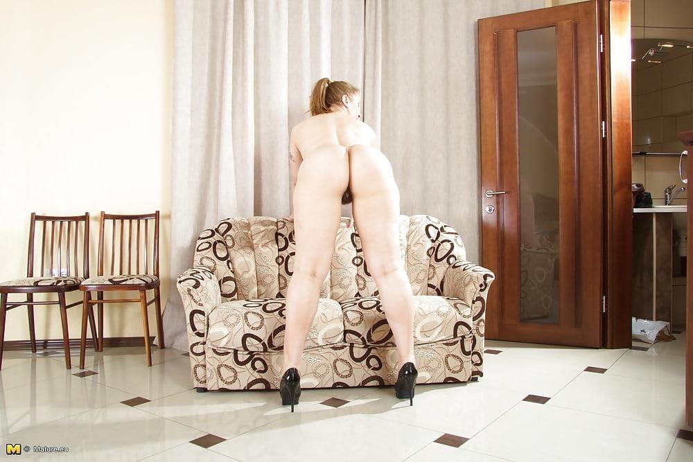 Mature eu nude pics-4559
