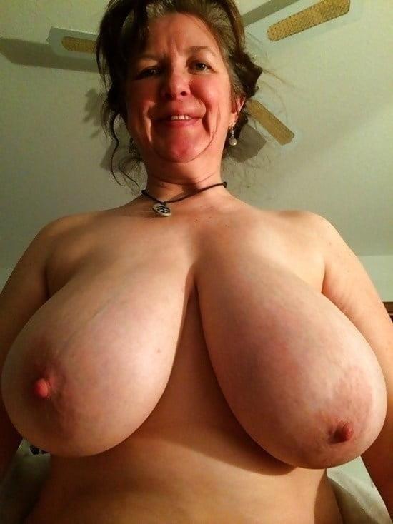 Natural tits nipples-7917