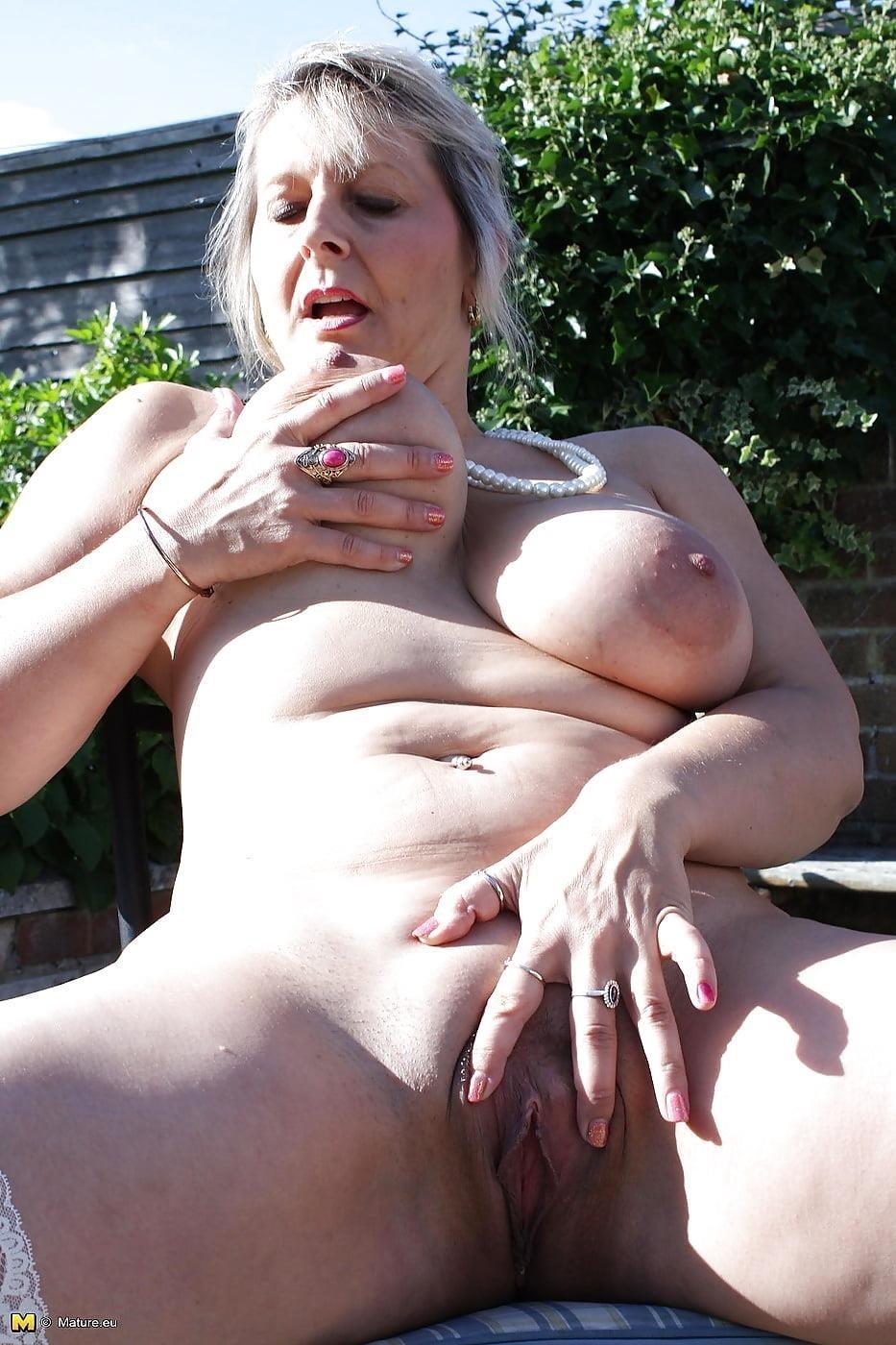Free mature panty pics-5086