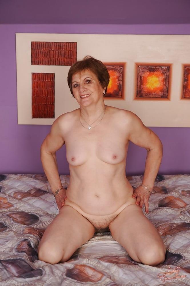 Lady granny free porn-1624