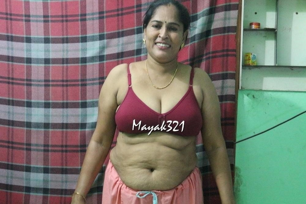 Reshma aunty nude-6043
