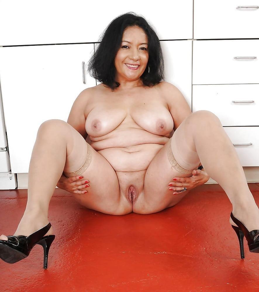 Hairy latina milf pics-4940