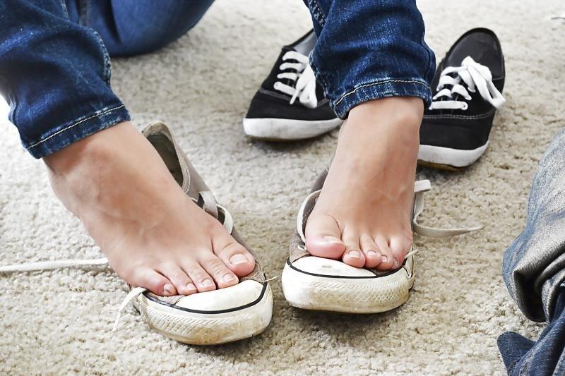 Asian feet footjob-4564