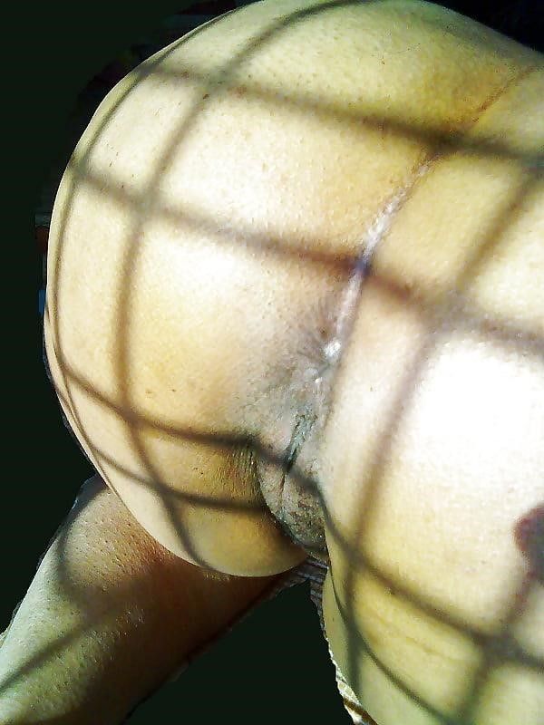 Nude beach sun bath-3709