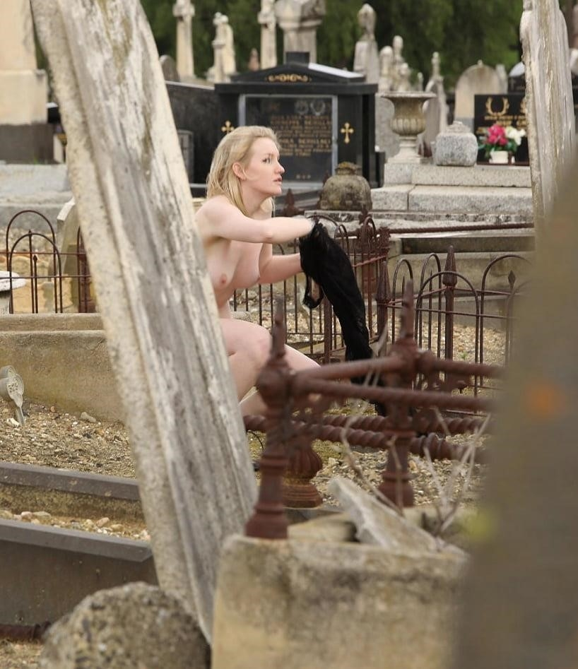 Rachel Rabbit White Finds Perspective In Cemetery Nudes And False Lashes