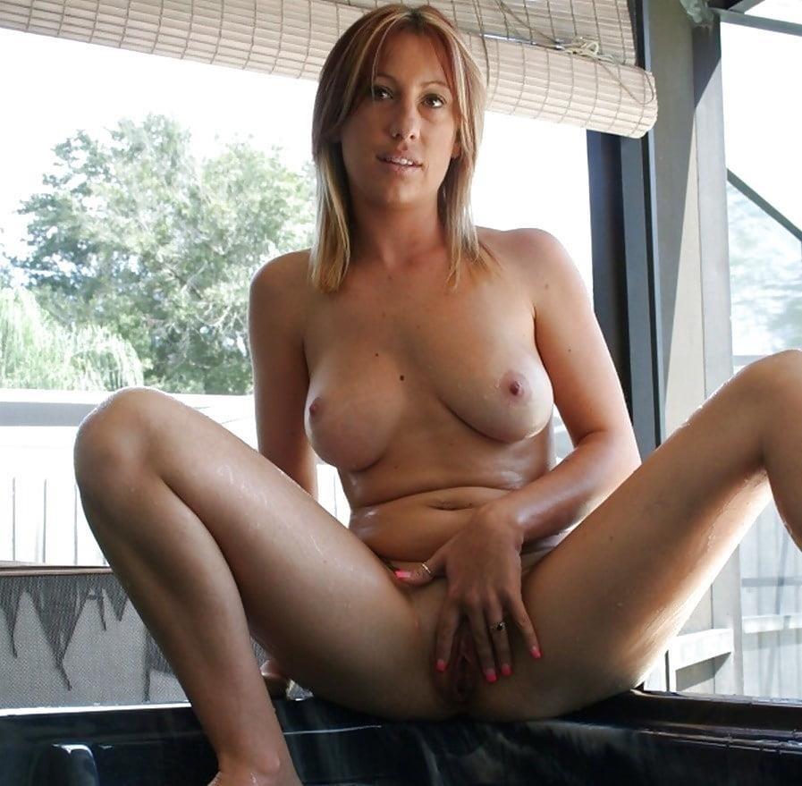 Nude mature women models-2878