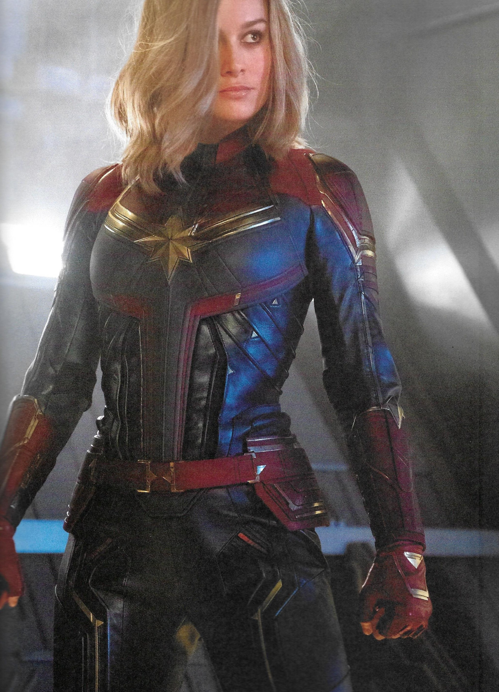"""captain marvel: brie larson weighs in on the smiling """"controversy"""