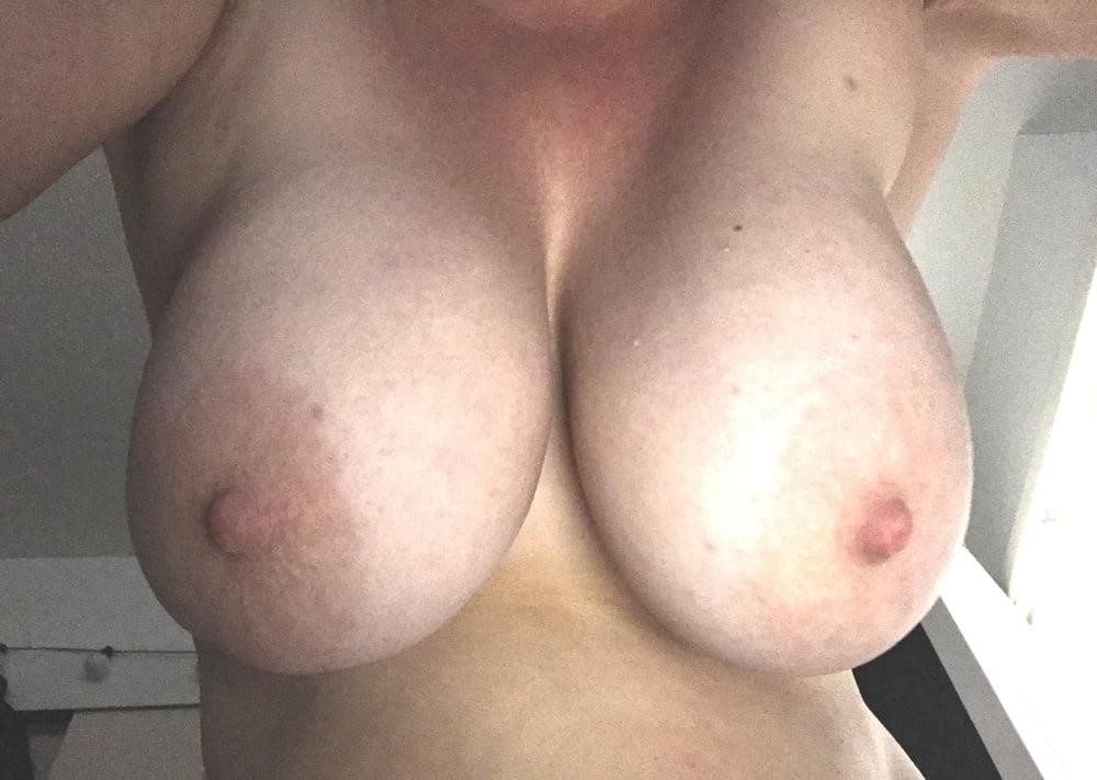 Lesbian big tit pic-2912