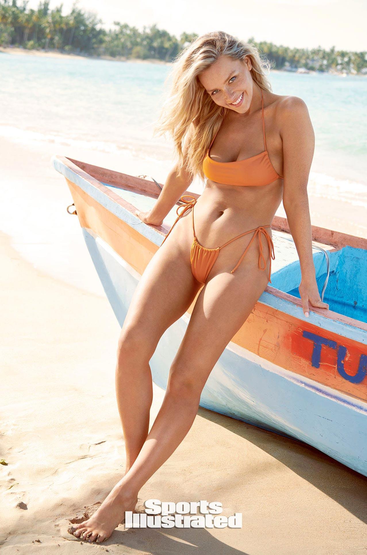 Камилла Костек в каталоге купальников Sports Illustrated Swimsuit 2020 / фото 22