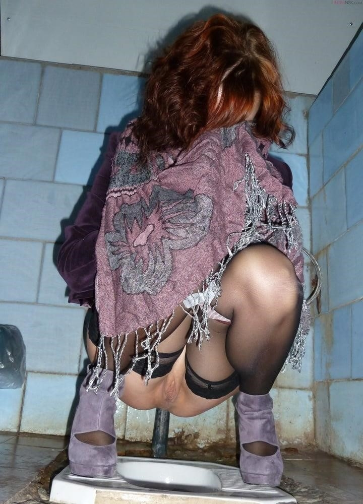 Public toilet fingering-5610