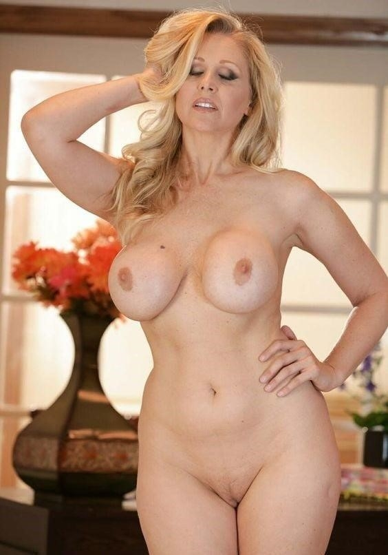 Nude mature women models-3648