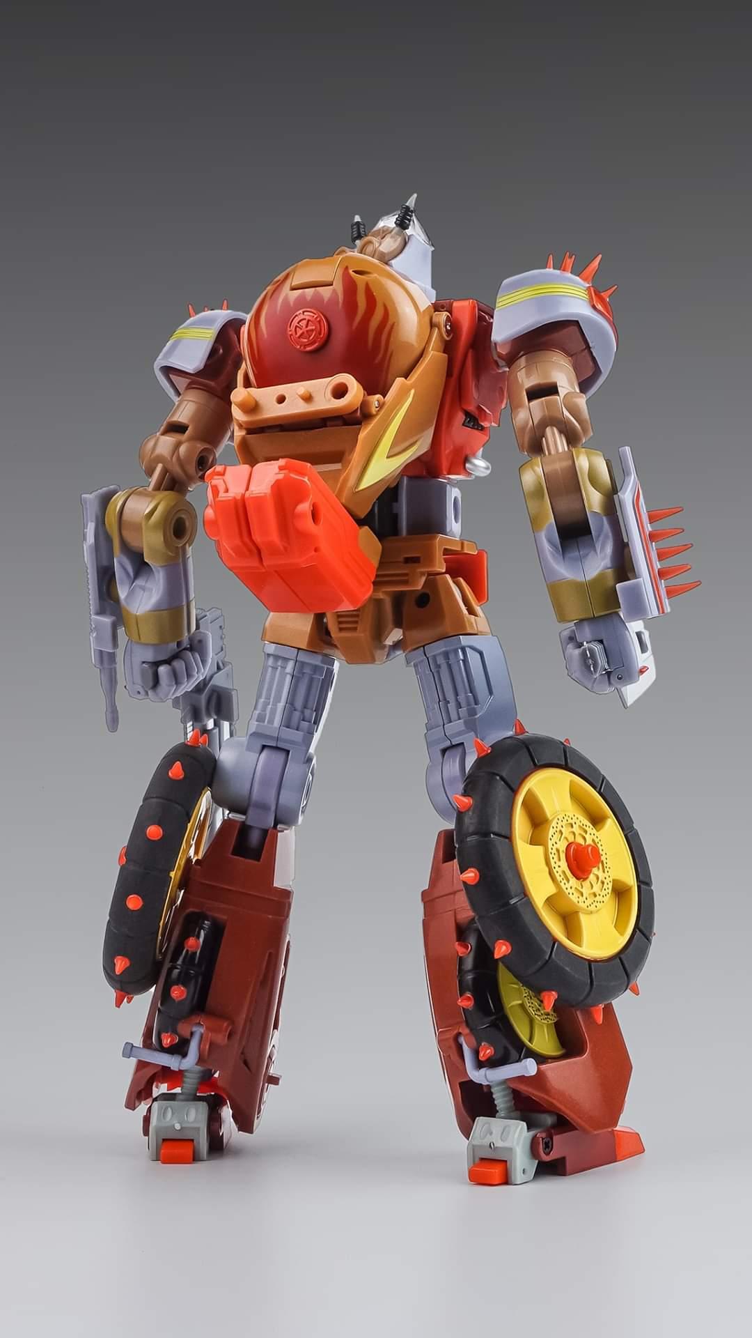[KFC Toys] Produit Tiers - Jouets Crash Hog (aka Wreck-gar/Ferraille), Dumpyard (aka Junkyard/Décharge) et autres Junkions/Ferrailleurs - Page 3 FZV0vCEZ_o
