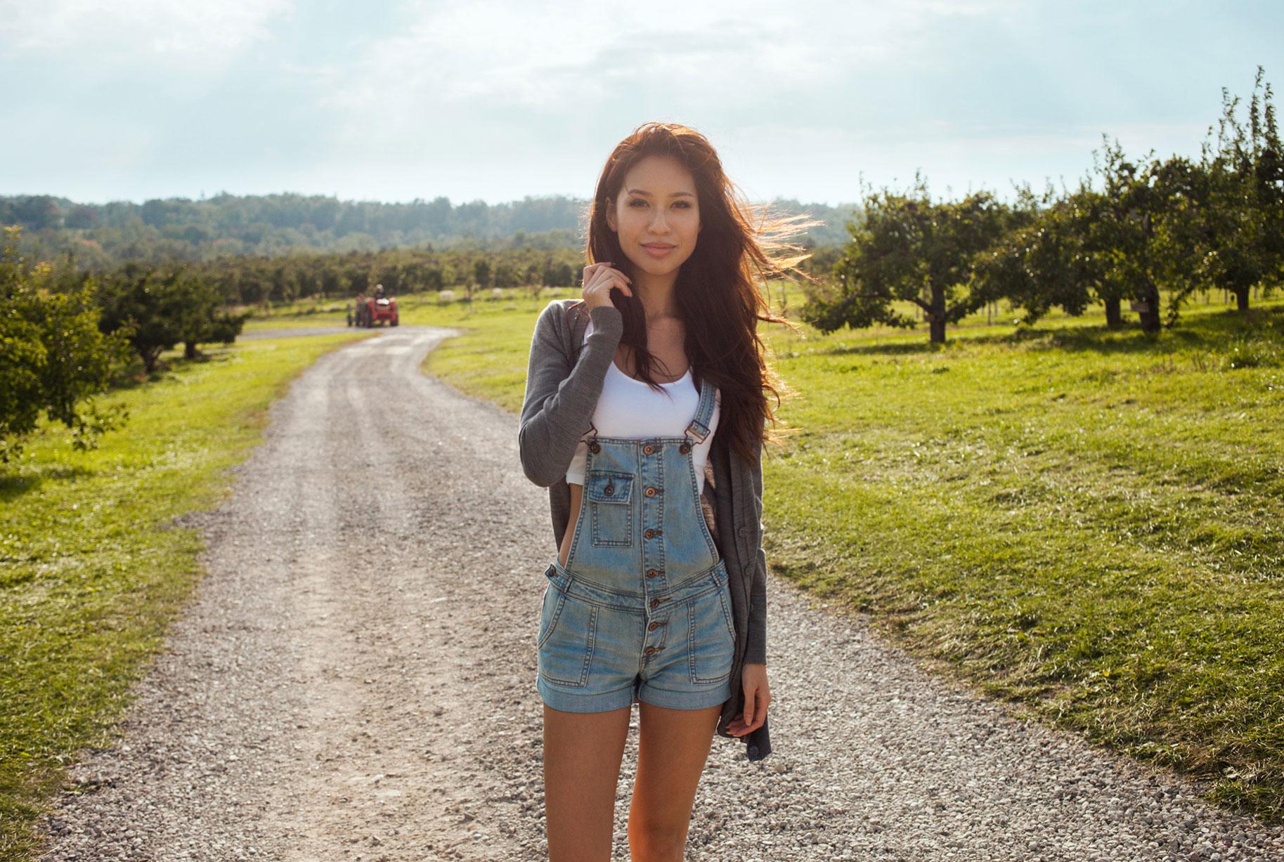 Farm / Elizabeth Ai-Quyen aka Lizzynopants by Brian Huynh