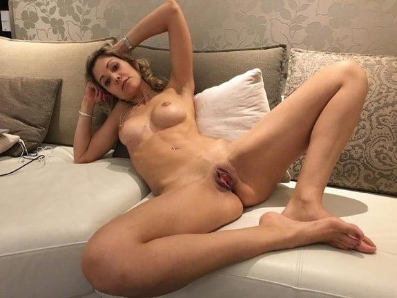 Naked women cunnilingus-9108