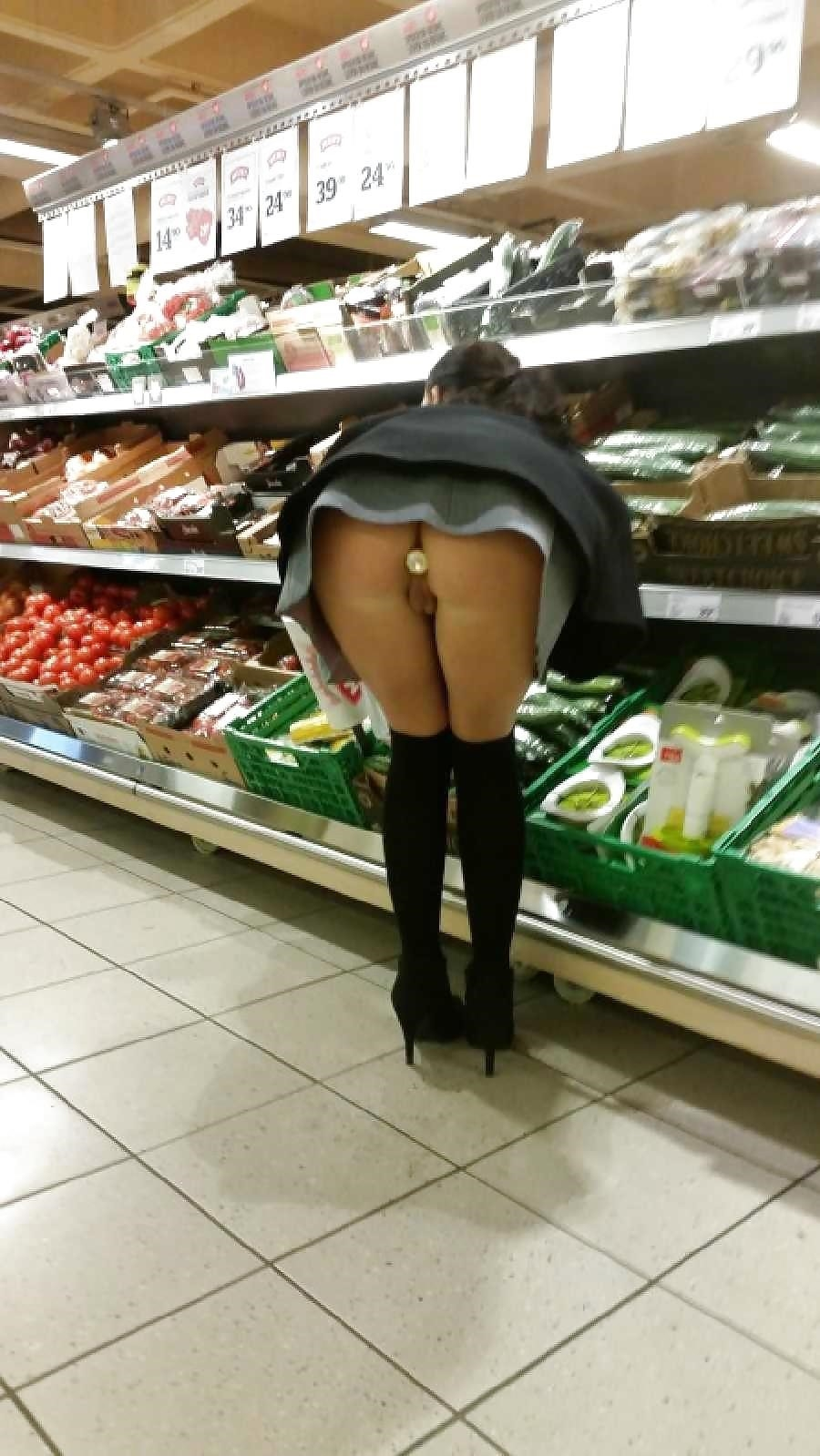 Pictures of naked girls in public-9609