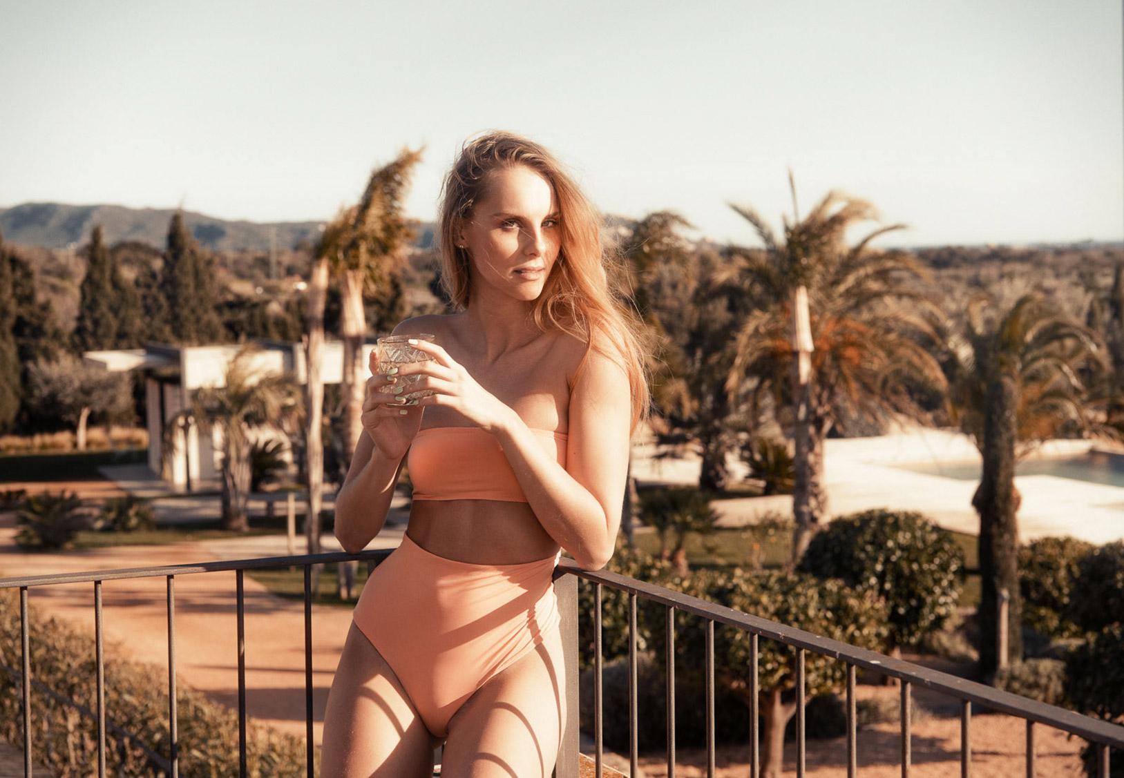 купальники Serendipity Intimates Swimwear spring-summer 2018 / Nastasya Prihoda by Markus Henttonen