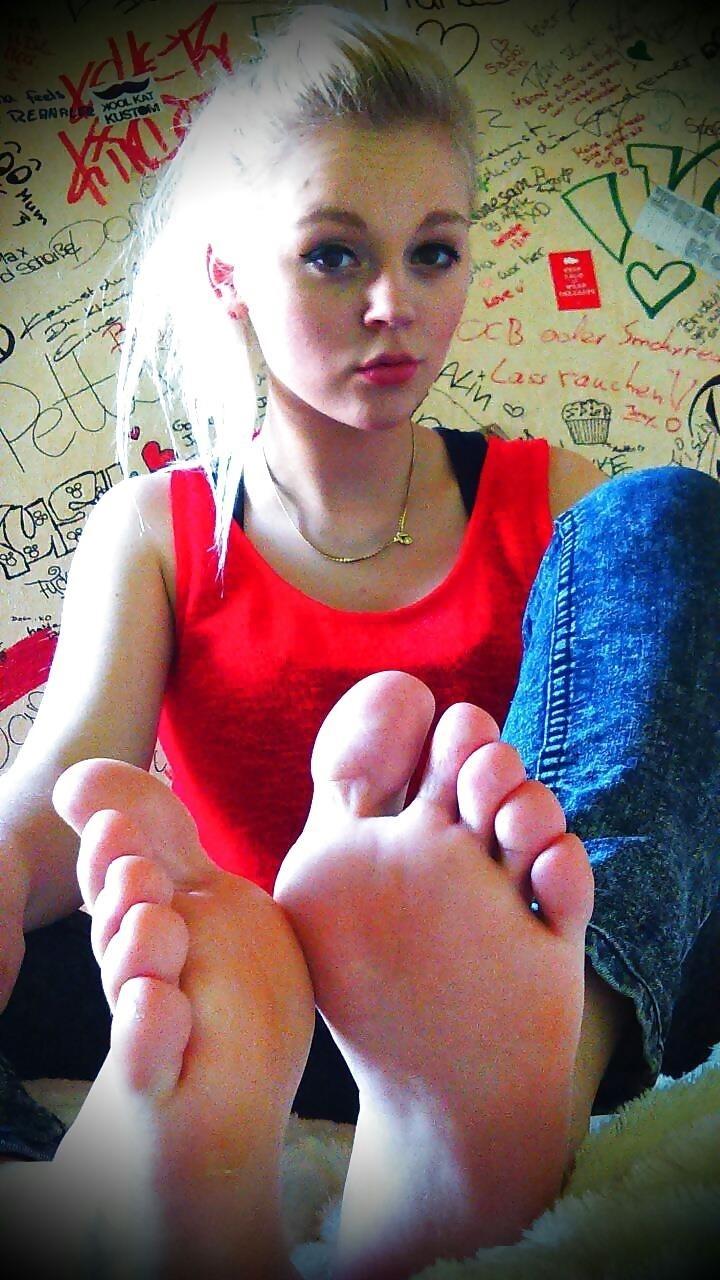 Hot foot femdom-8612