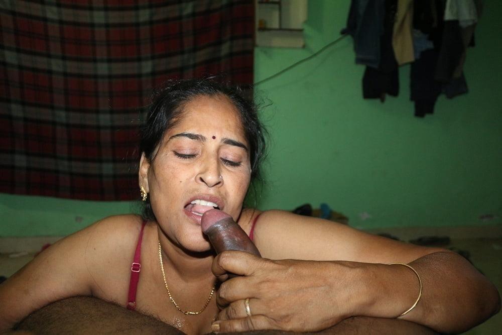 Reshma aunty nude-5998