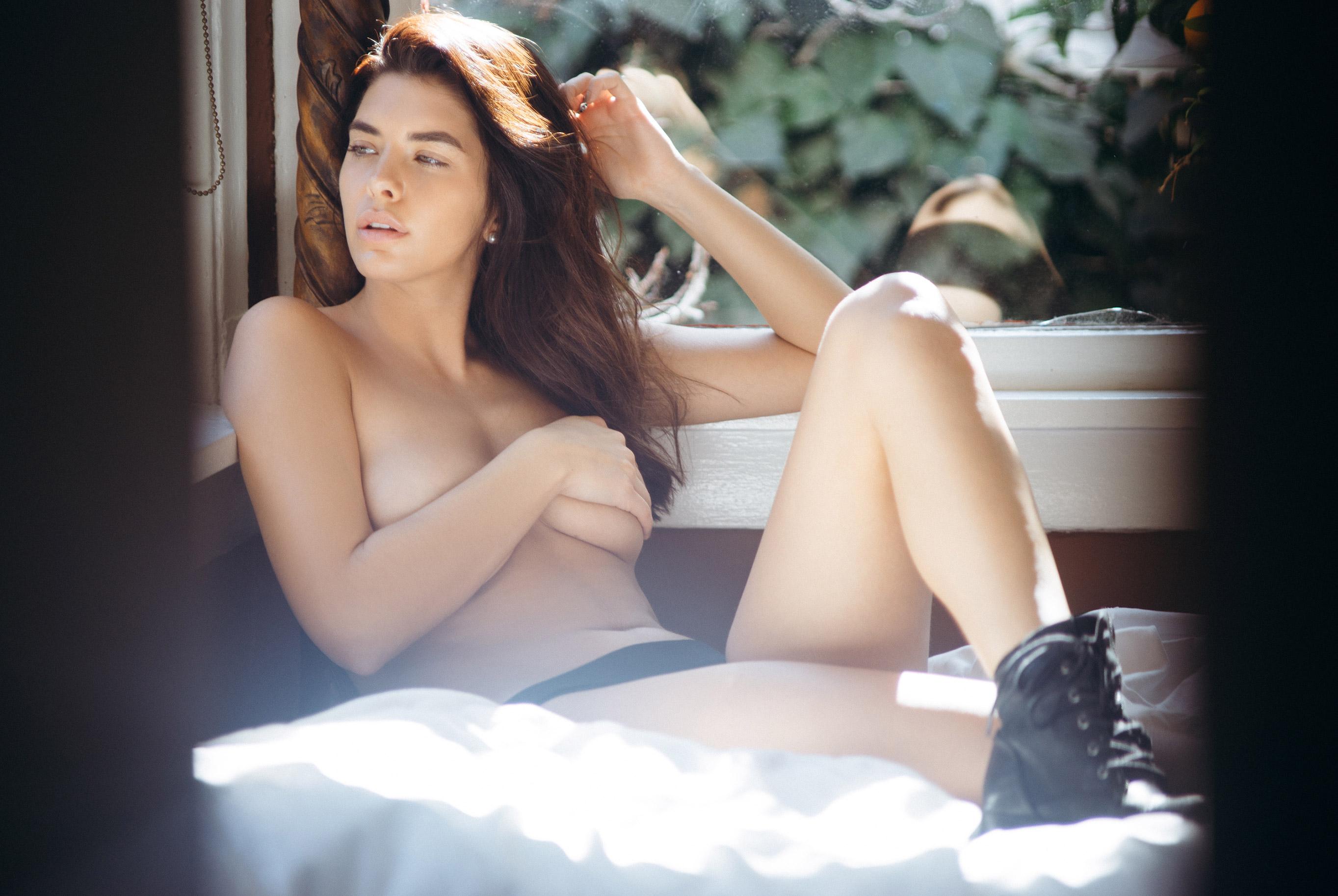 Jasmine Alleva by Ben Tsui - Playboy online