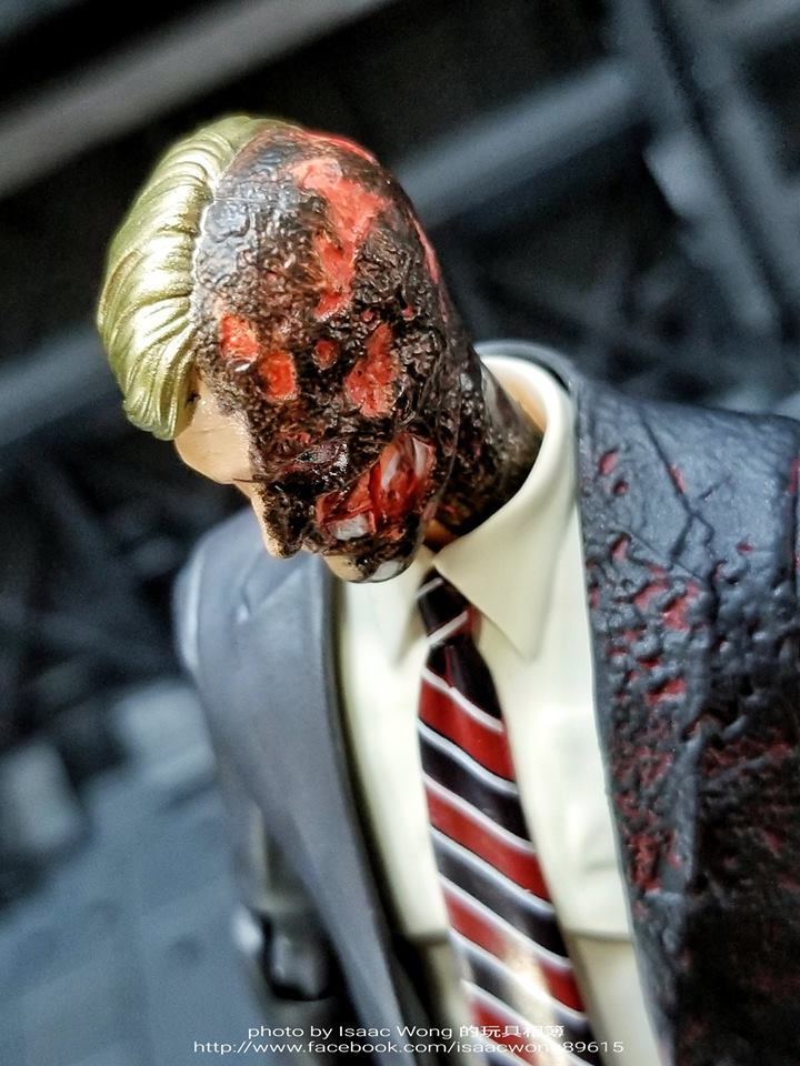 Batman The Dark Knight : Harvey Dent Mafex (Medicom Toys) CvwTR9zC_o