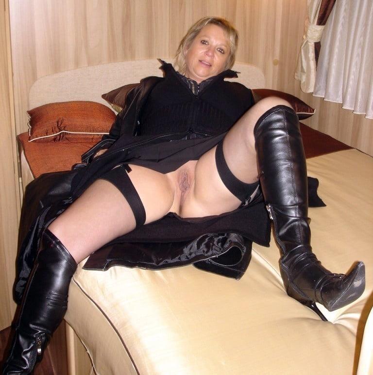 Mature women sex pics-6373