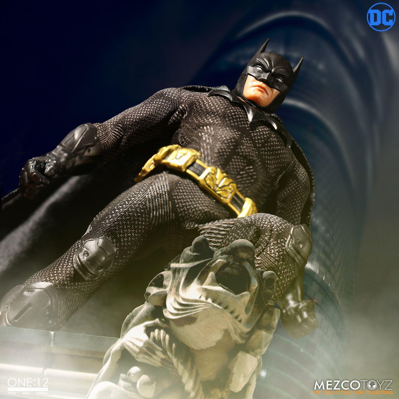 "Sovereign Knight Batman - One 12"" (Mezco Toys) 9kKCM1fE_o"