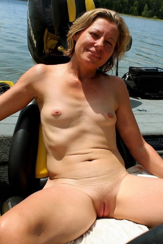 Porn pics mature amateur-6660