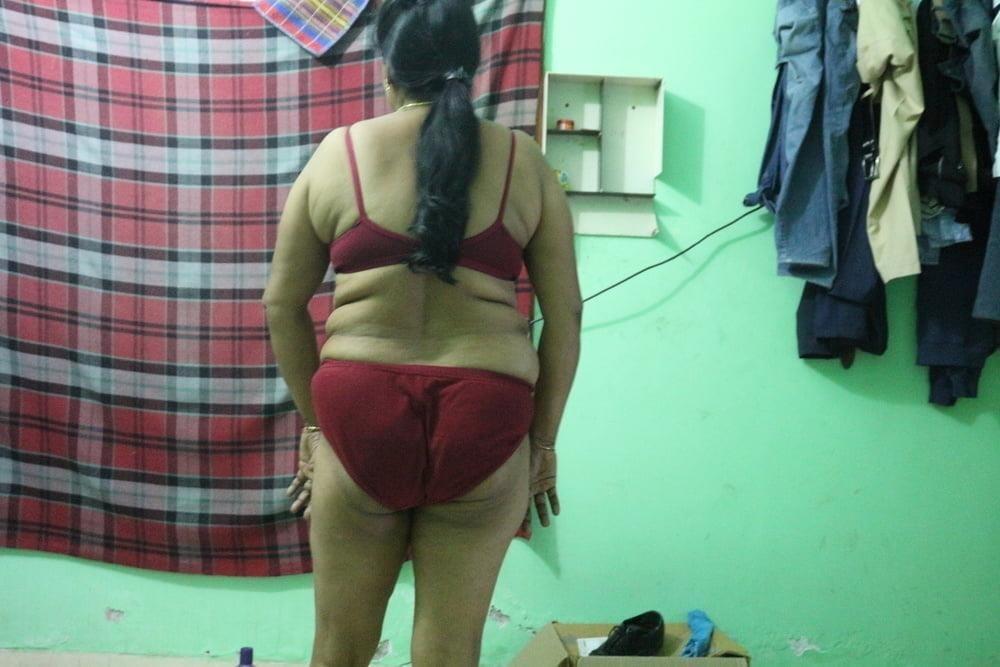 Reshma aunty nude-7194
