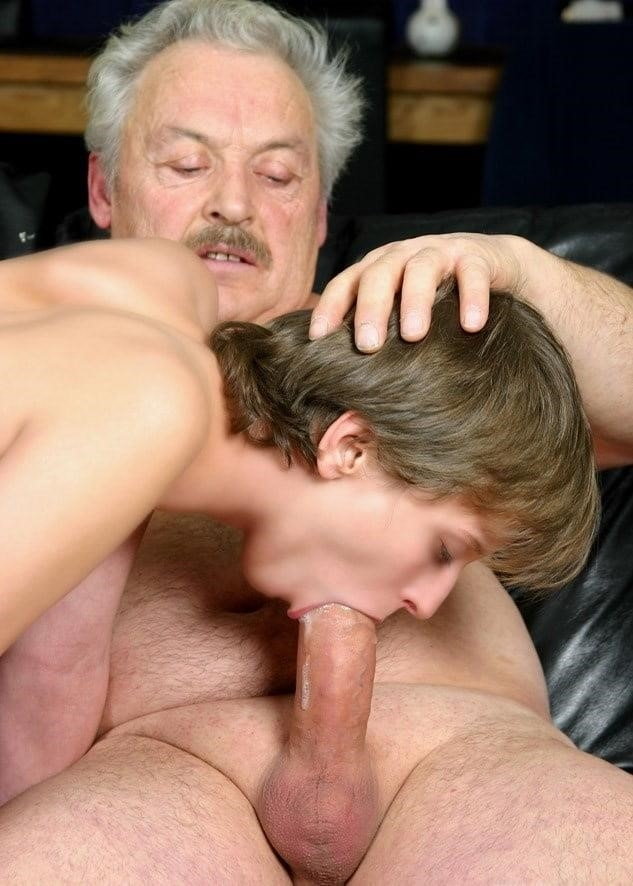 Young blowjob pic-1642