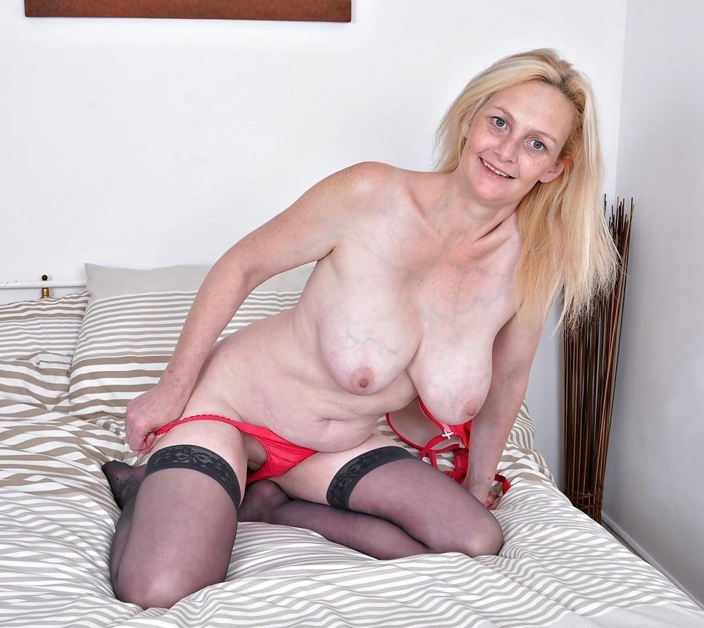 Milf big tits stocking-4023