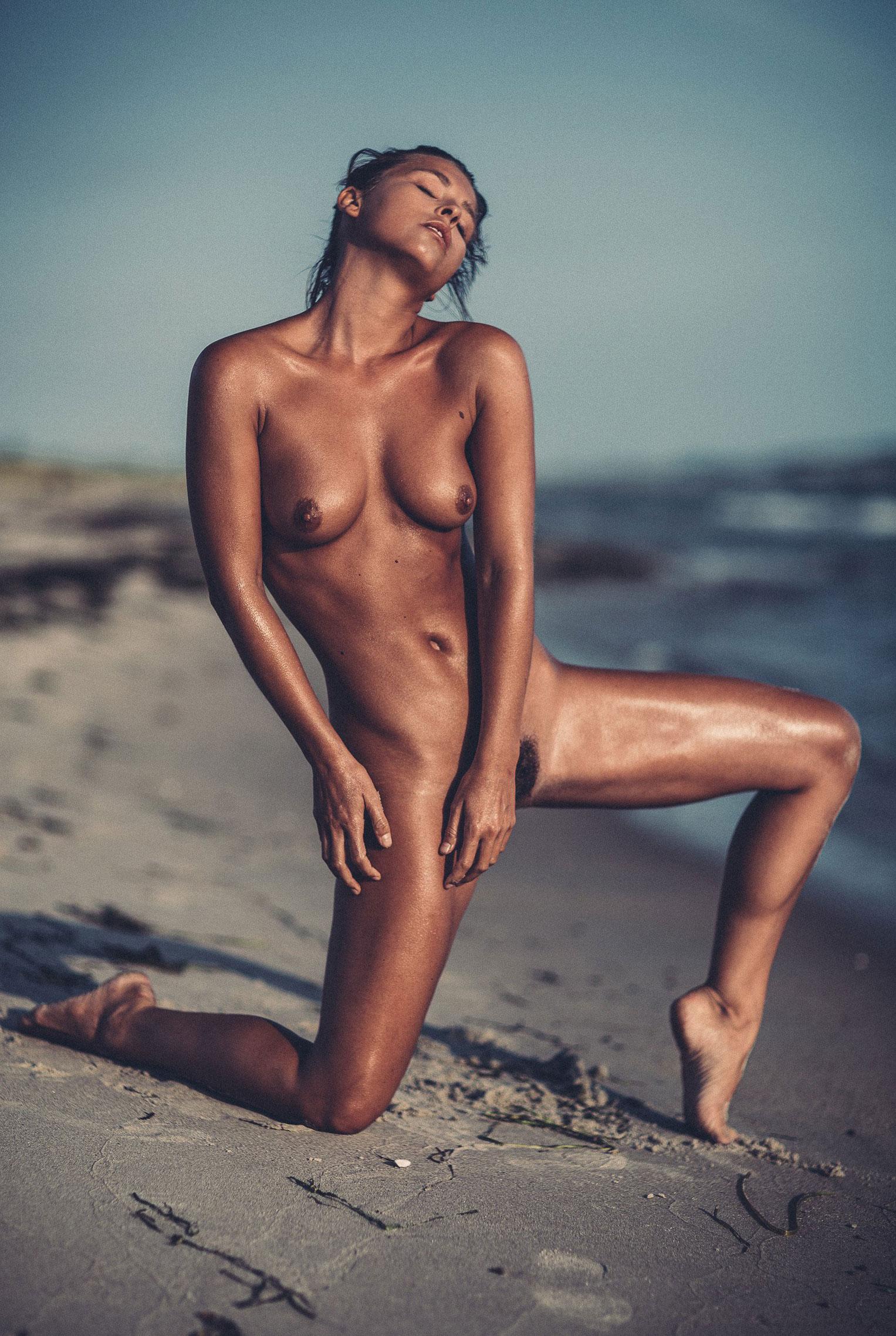 подборка фотографий сексуальных голых девушек - Marisa Papen