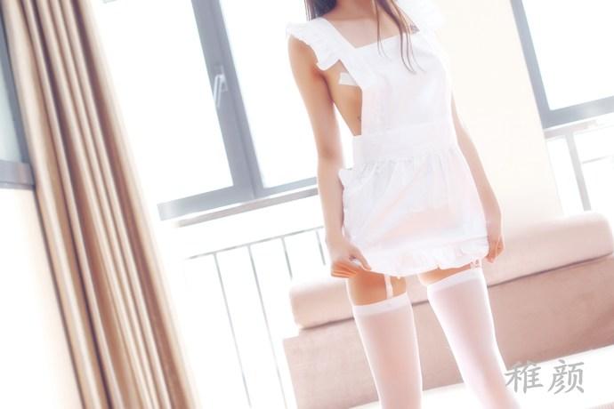 稚颜纯白色的丝控少女