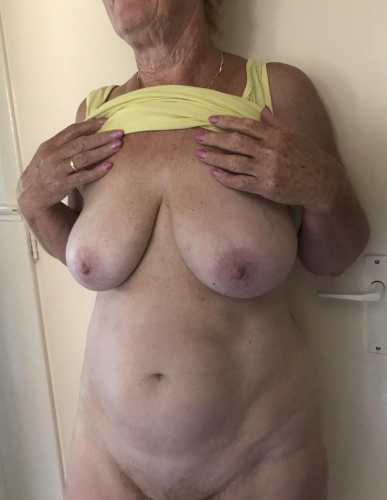 Nice sexy big tits-8045