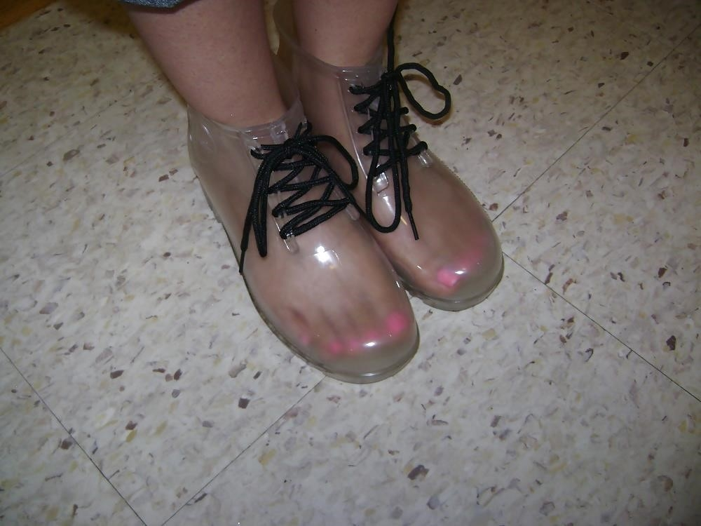 Womens white rain boots-9487