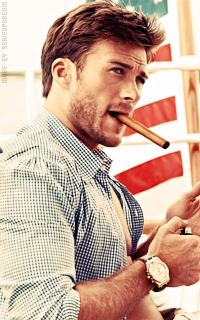 Scott Eastwood F0ANbUhu_o